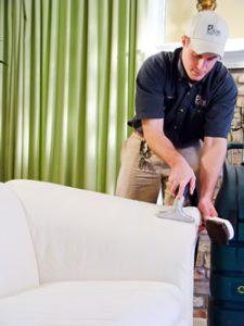 KIWI's sofa cleaning