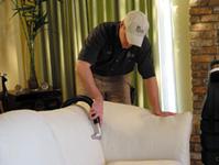 KIWI leather cleaning